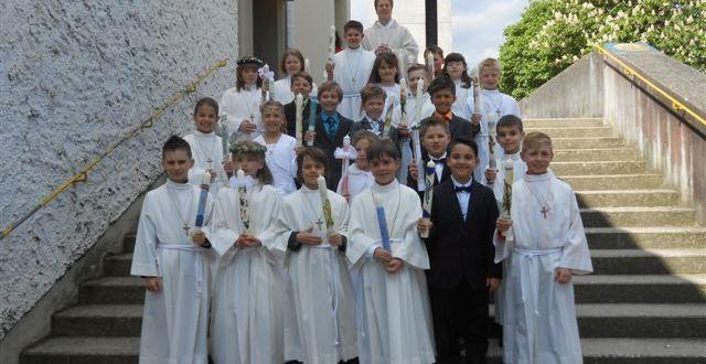 Erstkommunion mit den Kindern der Goetheschule in Maria, Königin des Friedens