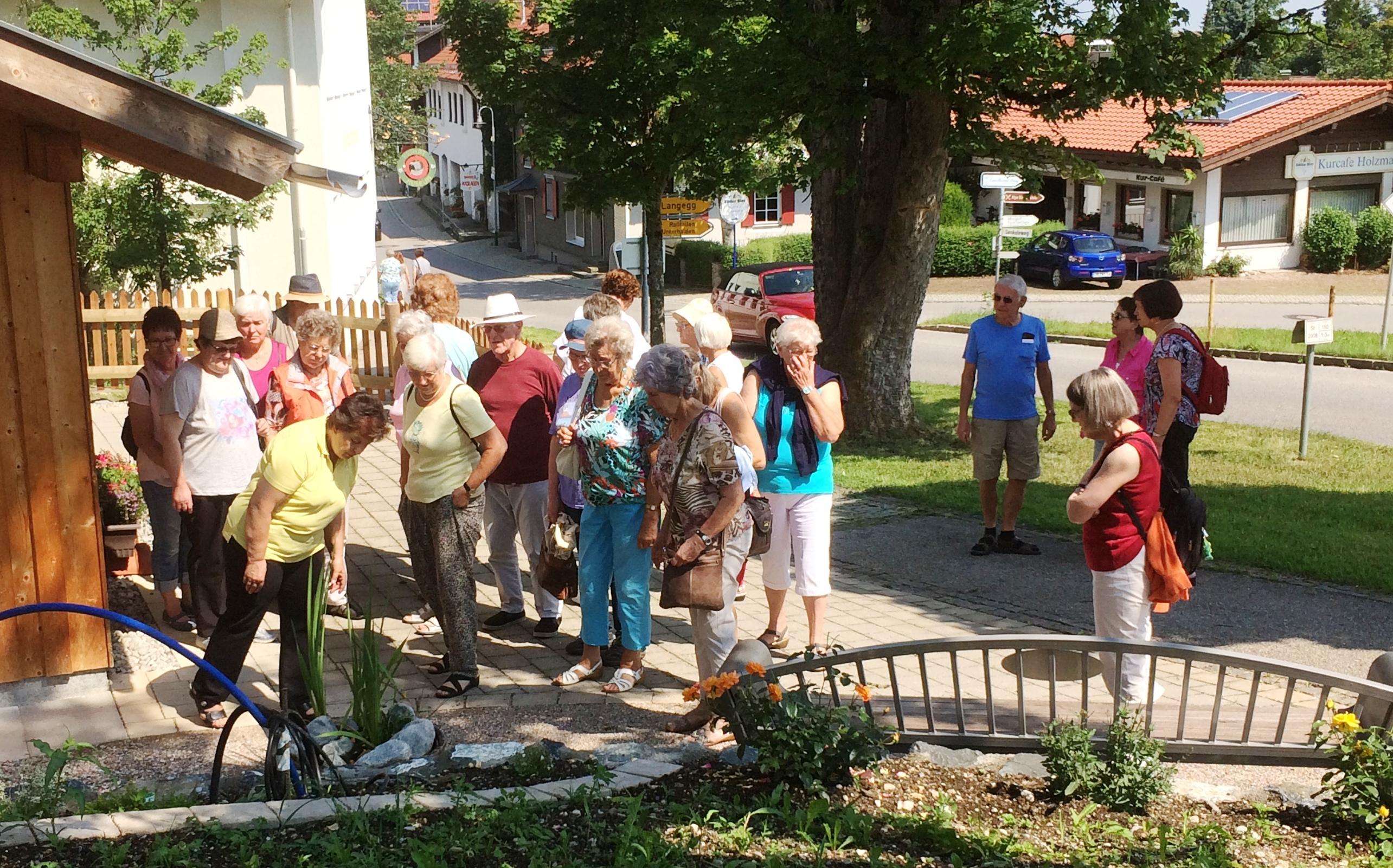 Honigbienen und Wieskirche – Mit dem Frauenbund in Seeg